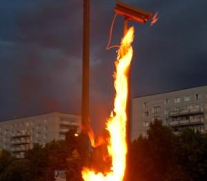 aşırı gerilim sonucu yanan bir CCTV